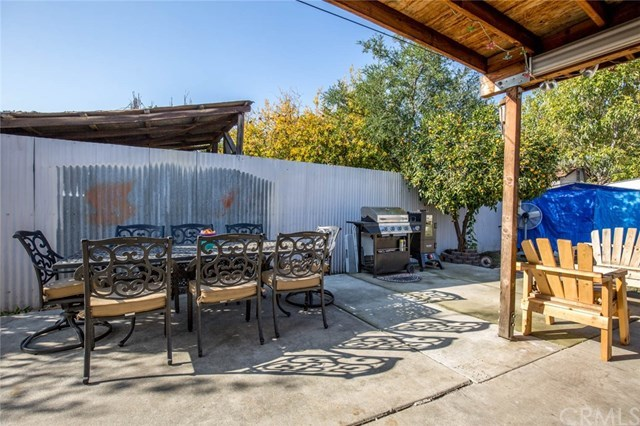 Closed | 853 W Grand Avenue Pomona, CA 91766 15