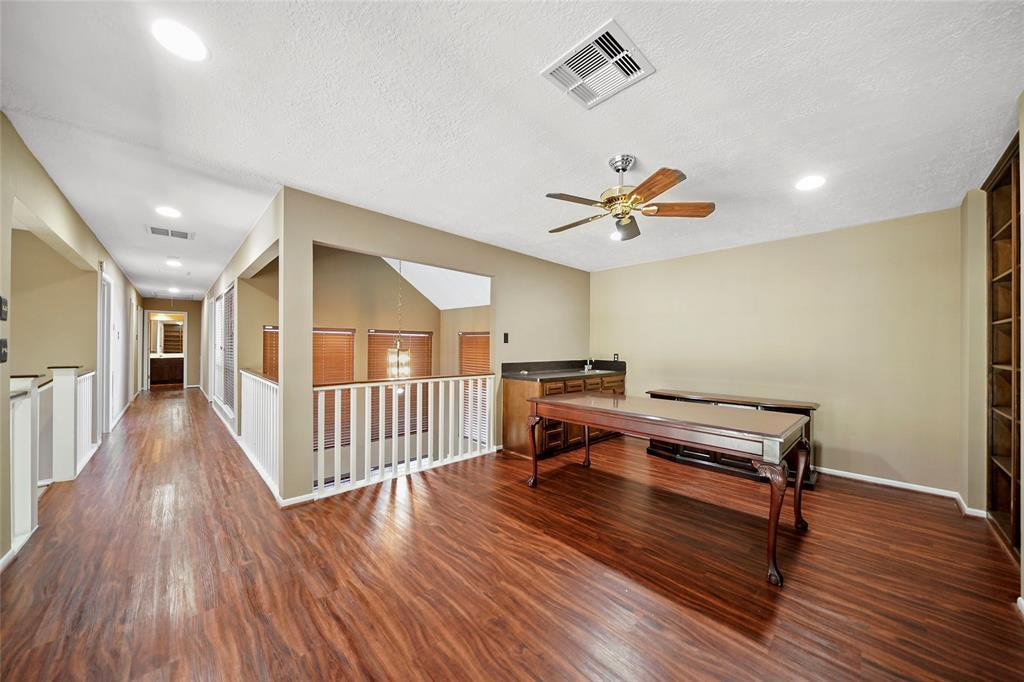 Active | 8322 Bunker Bend Drive Humble, Texas 77346 26