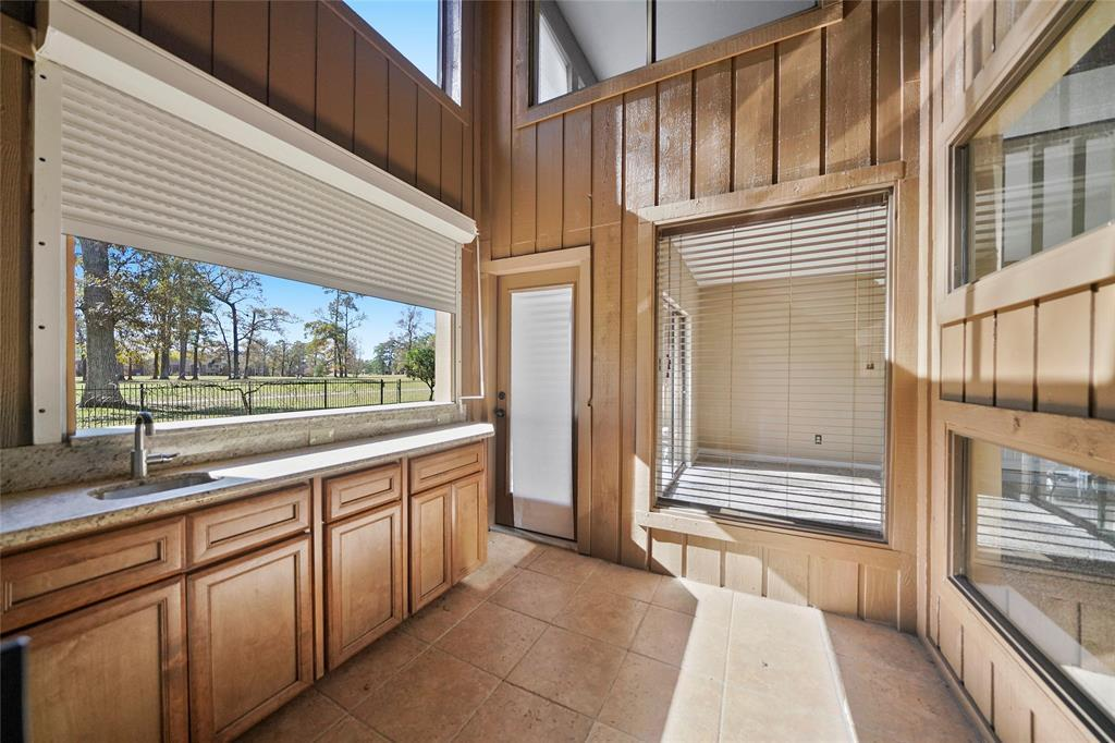 Active | 8322 Bunker Bend Drive Humble, Texas 77346 33