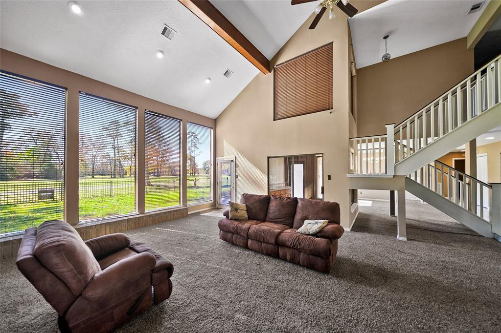 Active | 8322 Bunker Bend Drive Humble, Texas 77346 9