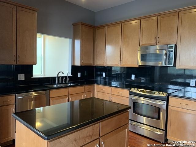 Property for Rent | 7342 OAK MANOR DR  San Antonio, TX 78229 4