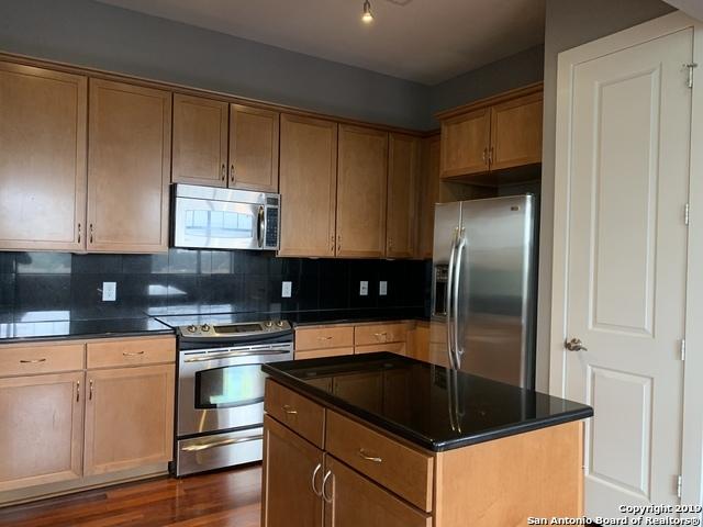 Property for Rent | 7342 OAK MANOR DR  San Antonio, TX 78229 5