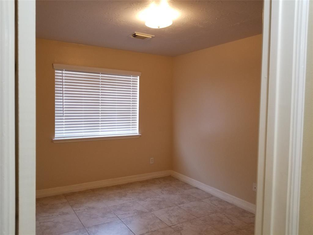 Active | 5007 Sea Oak Court Pasadena, TX 77505 19