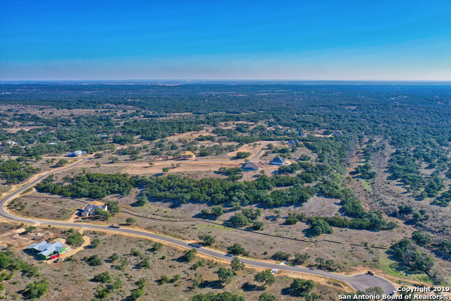 Active | 635 CARSON RDG  New Braunfels, TX 78132 10