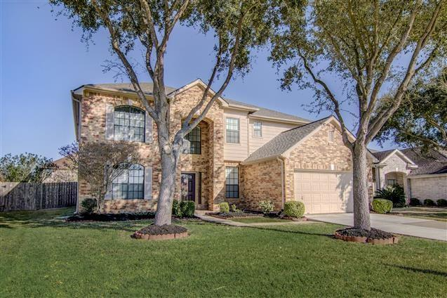 Active | 2810 Park Springs Lane  Lane Sugar Land, TX 77479 3