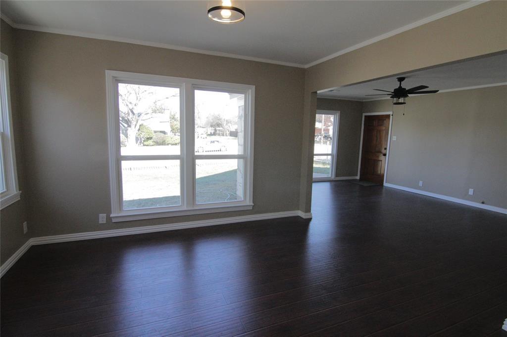 Active Option Contract | 1602 Berkley  Avenue Dallas, TX 75224 4