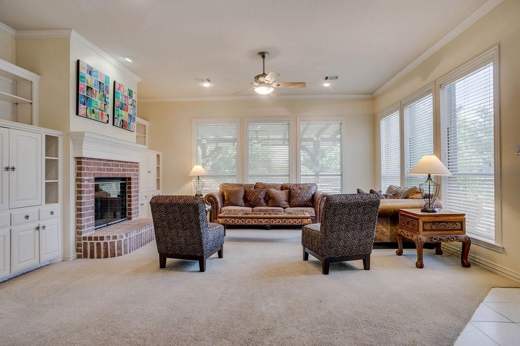 Active Option Contract   409 Southridge Lakes Parkway Southlake, TX 76092 21