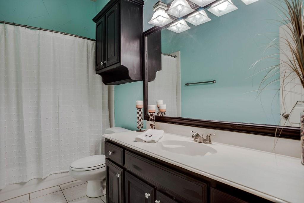 Active Option Contract   409 Southridge Lakes Parkway Southlake, TX 76092 34