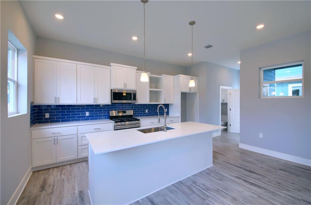 Sold Property   6815 Montana Street #A Austin, TX 78741 11