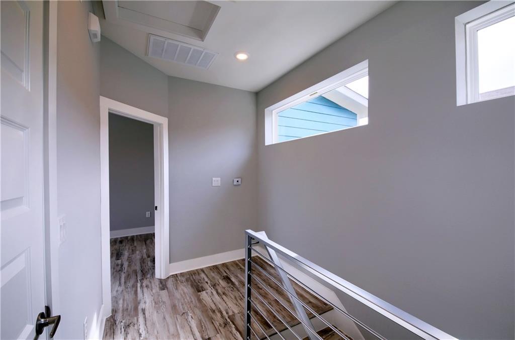 Sold Property   6815 Montana Street #A Austin, TX 78741 16