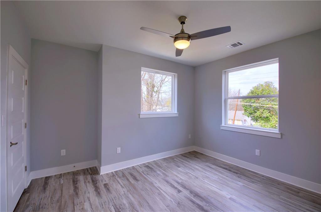 Sold Property   6815 Montana Street #A Austin, TX 78741 23