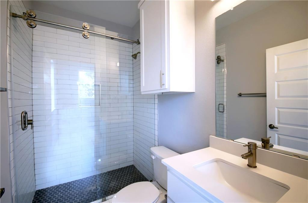 Sold Property   6815 Montana Street #A Austin, TX 78741 27