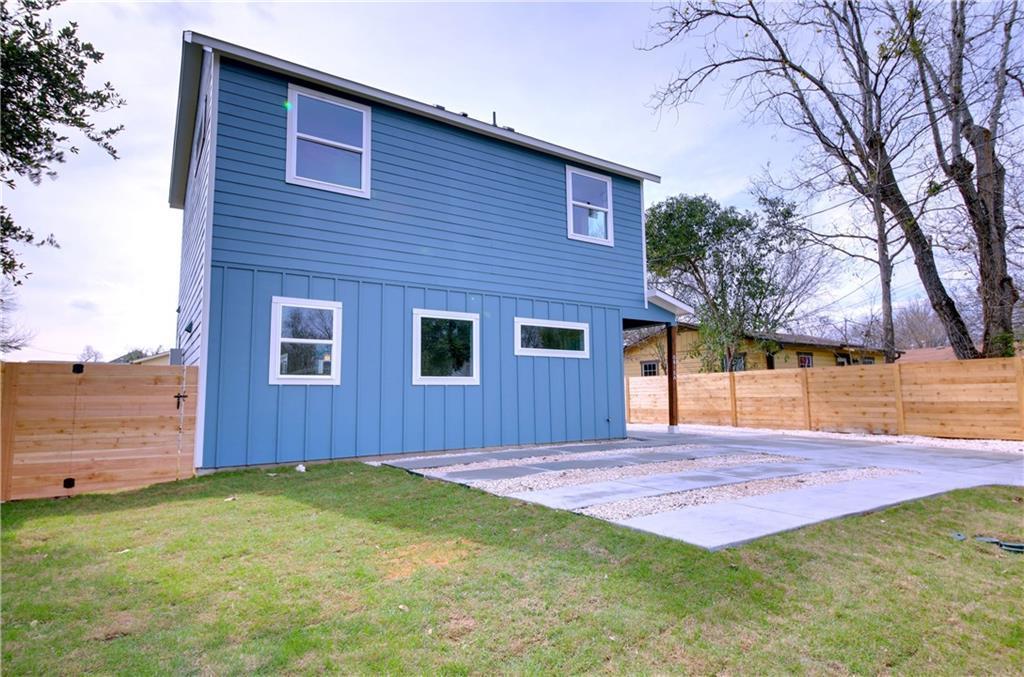 Sold Property   6815 Montana Street #A Austin, TX 78741 3