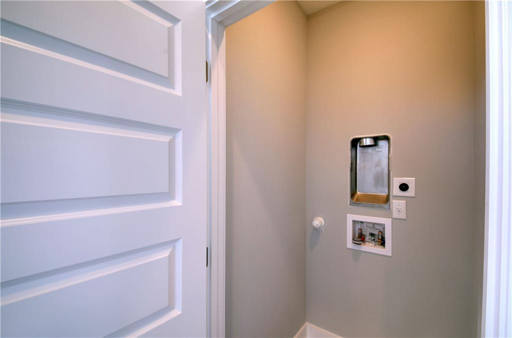 Sold Property | 6815 Montana Street #B Austin, TX 78741 20