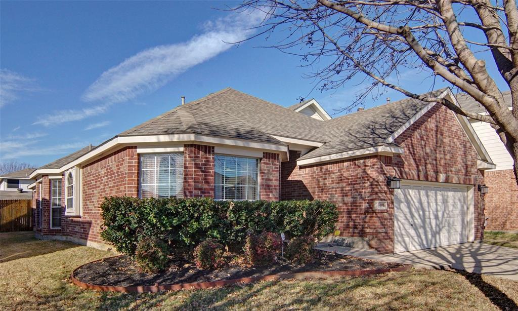 Sold Property | 5001 Coral Creek Drive Fort Worth, TX 76135 2