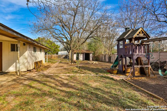Off Market   133 Richter Ave  Boerne, TX 78006 18