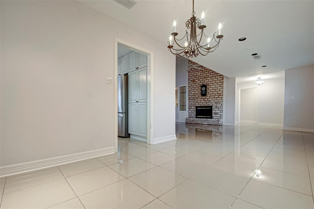 Active | 5826 Picasso Place Houston, TX 77096 11