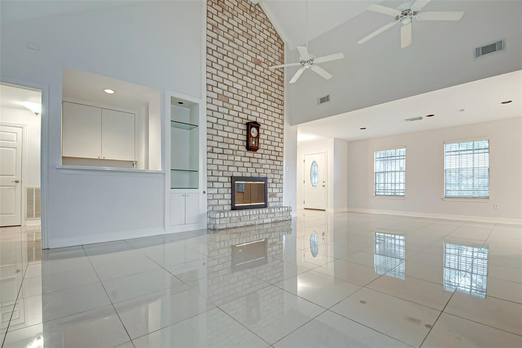 Active | 5826 Picasso Place Houston, TX 77096 13