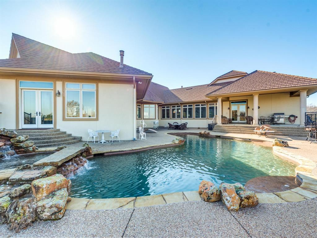 Active | 2210 Lakeridge Drive Grapevine, TX 76051 10