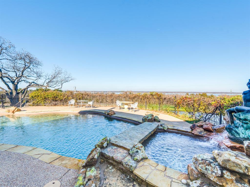 Active | 2210 Lakeridge Drive Grapevine, TX 76051 17