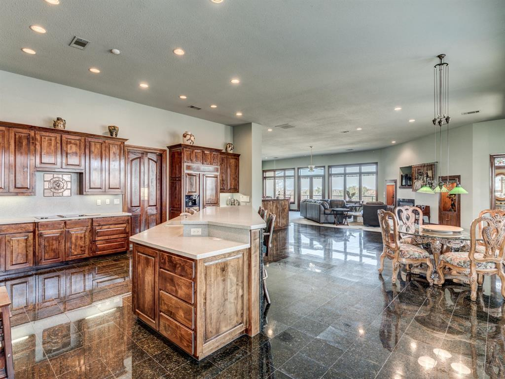 Active | 2210 Lakeridge Drive Grapevine, TX 76051 8