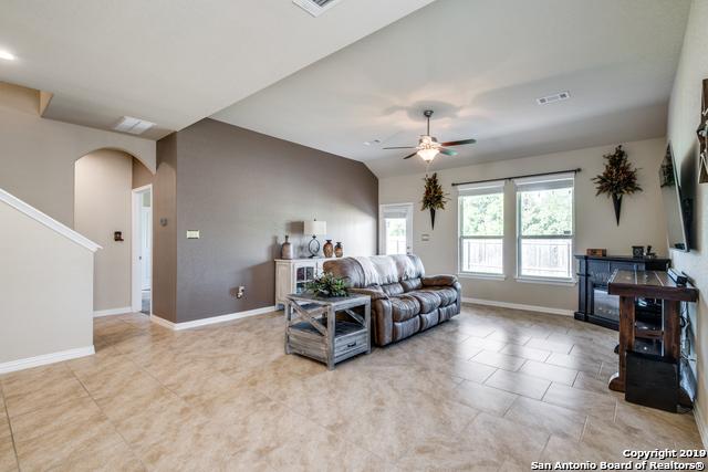 Property for Rent   212 CAMPFIRE WAY  Cibolo, TX 78108 4