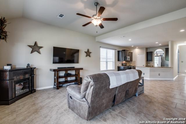 Property for Rent   212 CAMPFIRE WAY  Cibolo, TX 78108 6