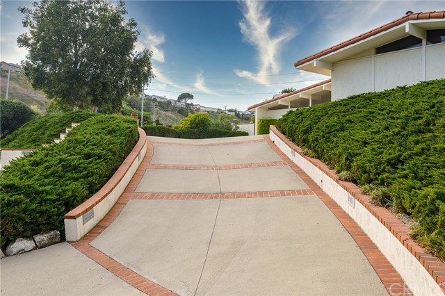 Closed | 5465 Middlecrest  Road Rancho Palos Verdes, CA 90275 94