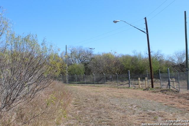 Active | 0 CASTROVILLE RD  San Antonio, TX 78236 6