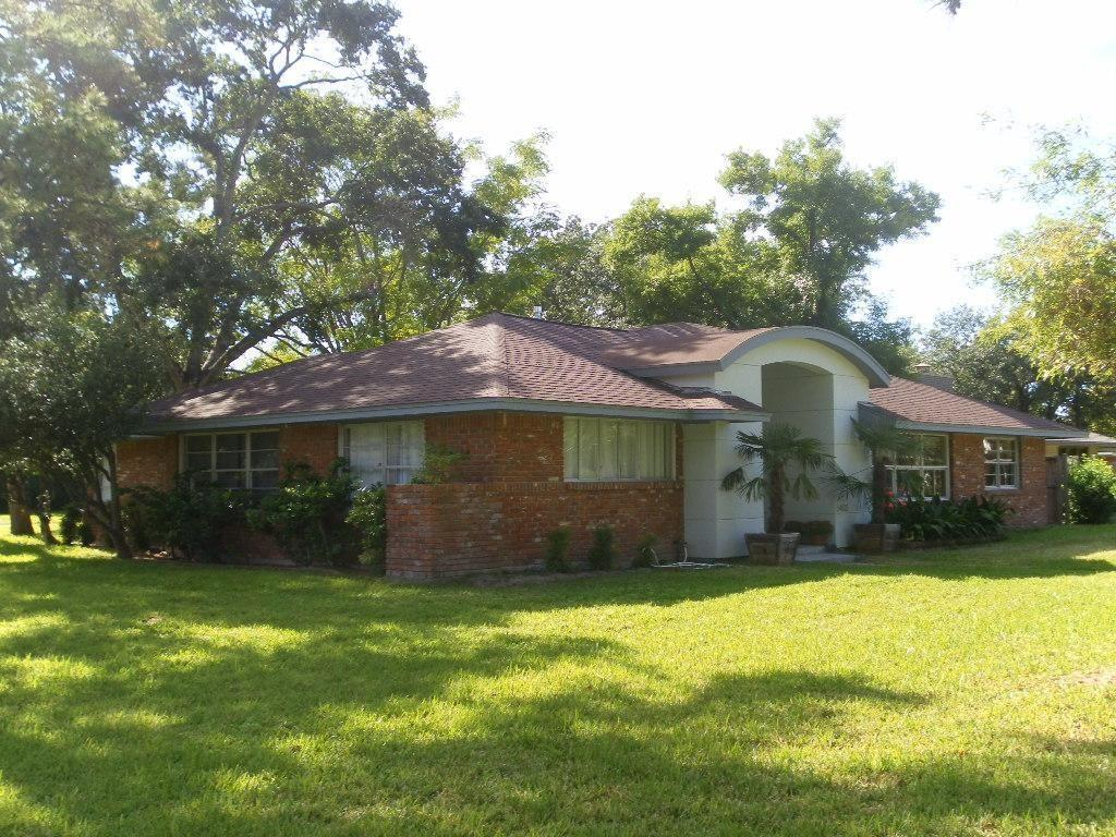 Active | 5403 Meadow Lake Lane Houston, TX 77056 2