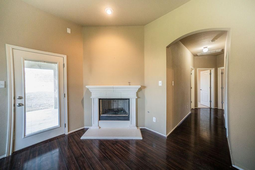 Sold Property | 3740 Sandy Brook Drive Round Rock, TX 78665 4