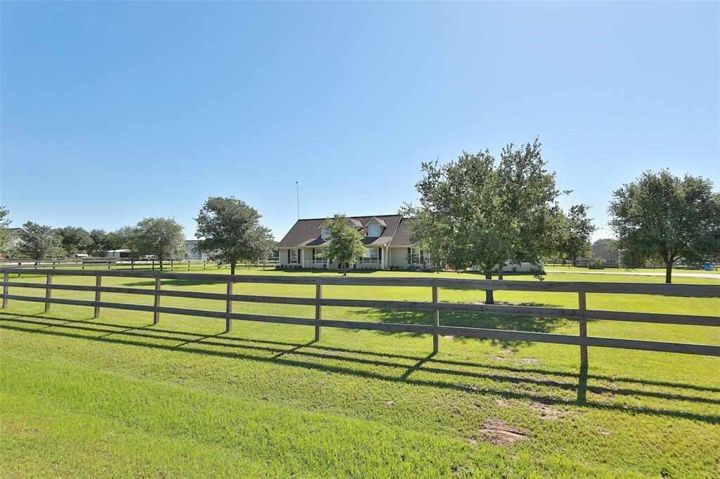 Active   16080 Black Falcon Road Waller, TX 77484 2