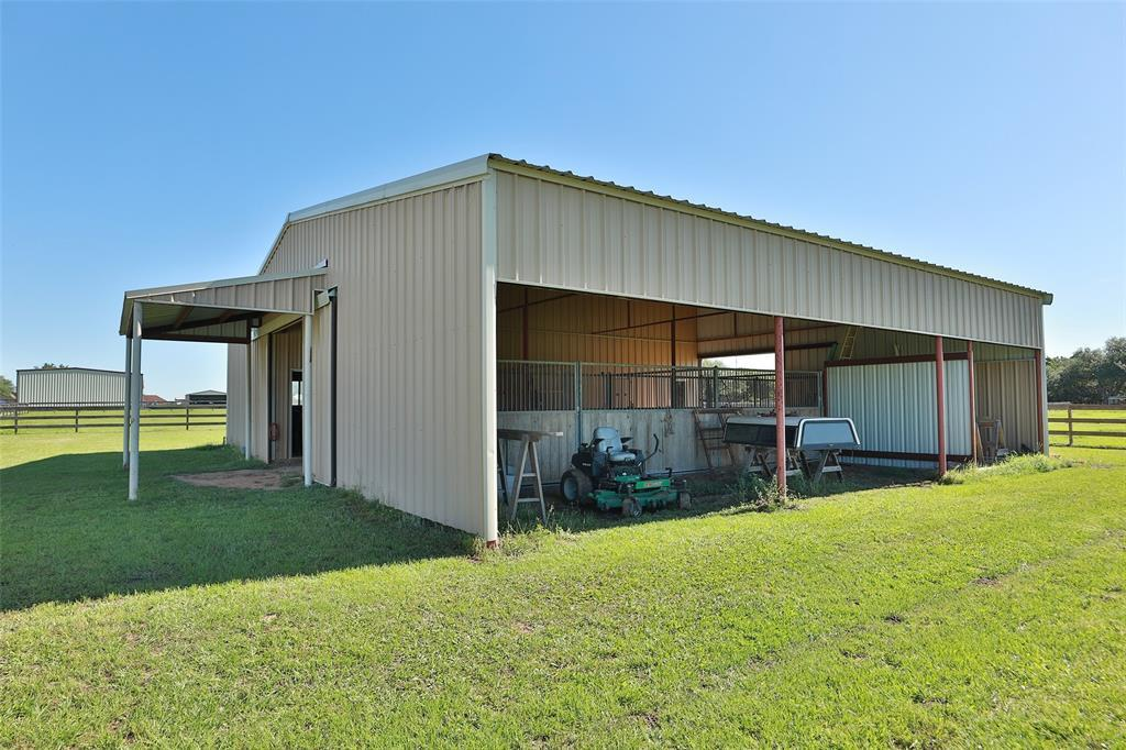 Active   16080 Black Falcon Road Waller, TX 77484 38