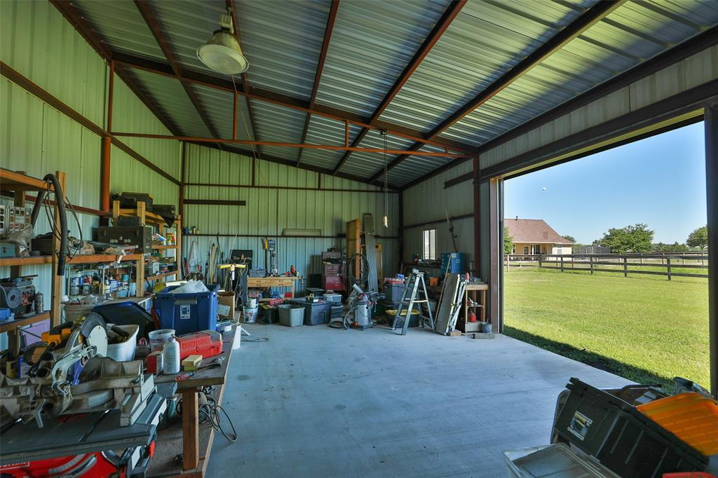 Active   16080 Black Falcon Road Waller, TX 77484 42