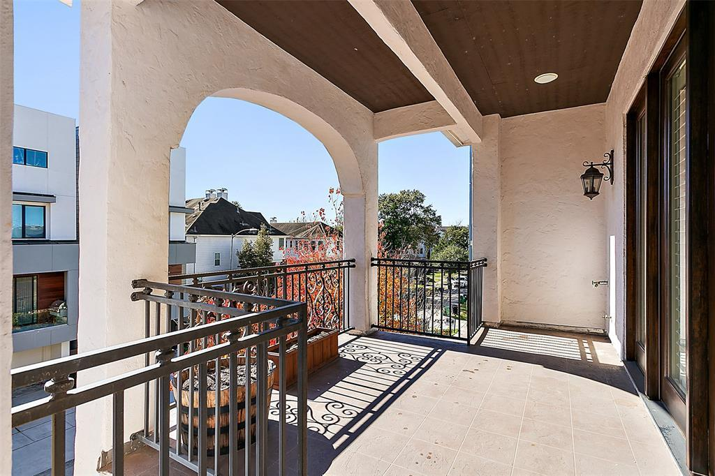 Off Market | 4212 Gibson Street Houston, TX 77007 4
