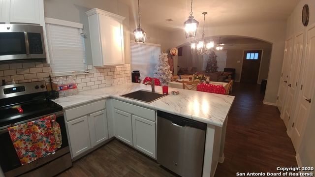 Property for Rent   8535 PECAN CROSS  San Antonio, TX 78240 7