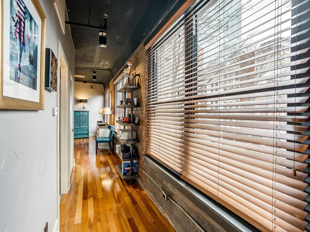 Sold Property | 910 Houston Street #201 Fort Worth, Texas 76102 12