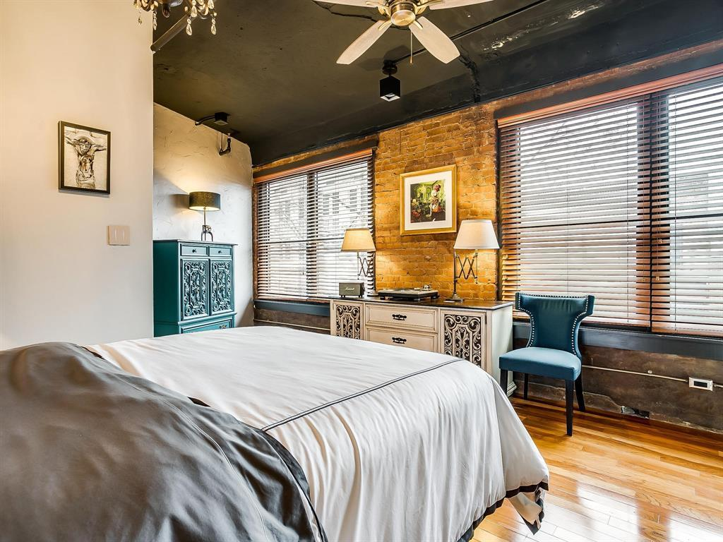 Sold Property | 910 Houston Street #201 Fort Worth, Texas 76102 18