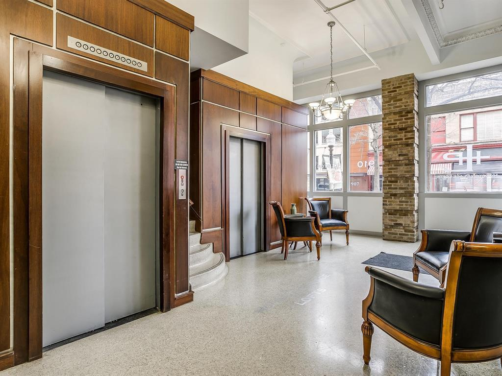 Sold Property | 910 Houston Street #201 Fort Worth, Texas 76102 27