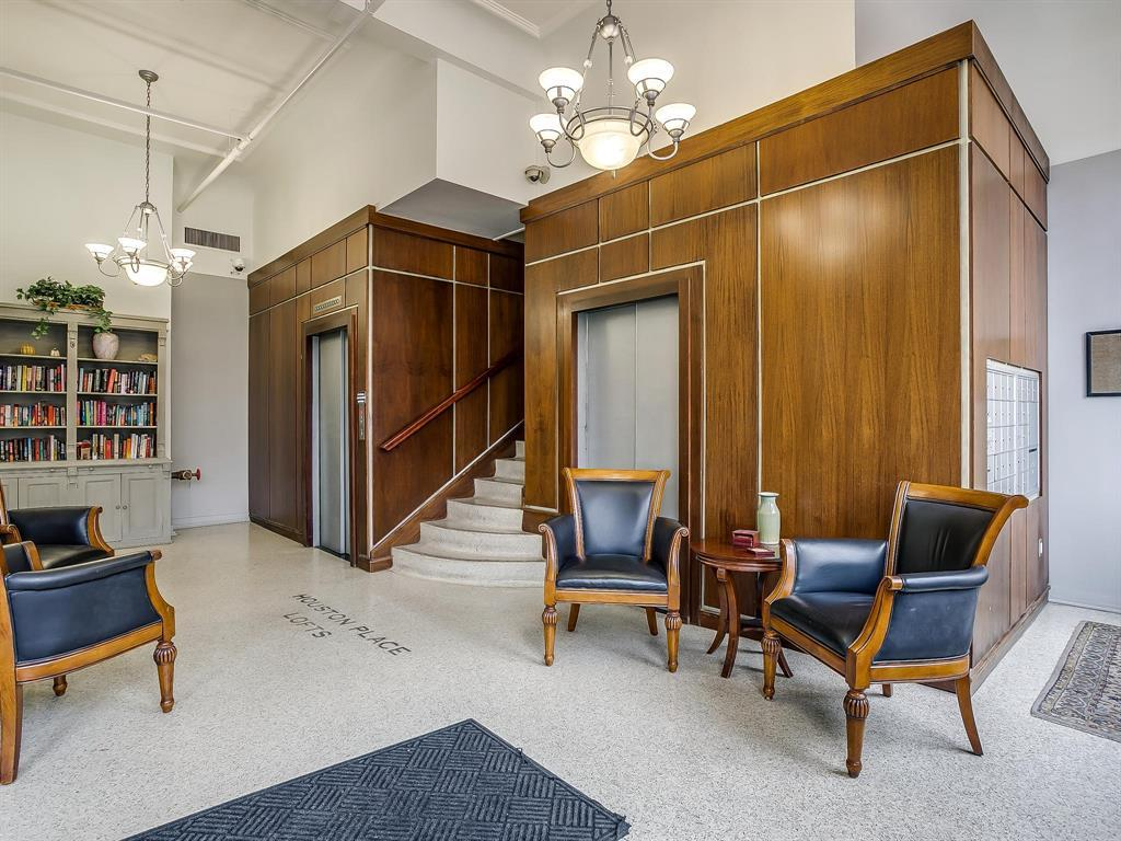 Sold Property | 910 Houston Street #201 Fort Worth, Texas 76102 28