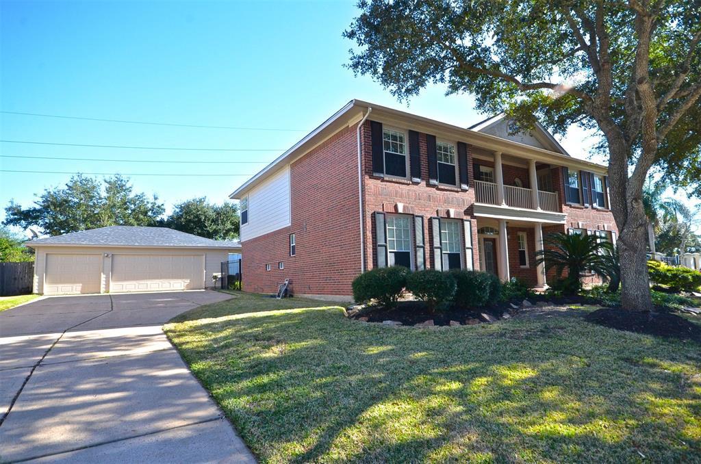 Active | 4415 Oak Forest Drive Missouri City, TX 77459 1