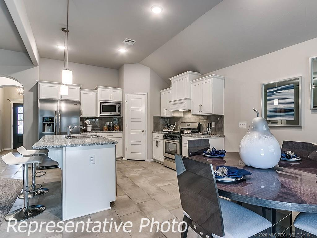 Active | 8744 N 73rd East Place Owasso, OK 74055 15