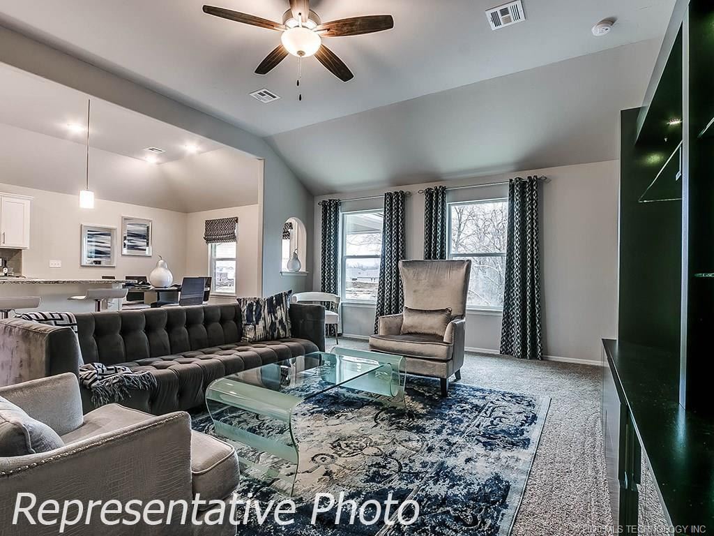 Active | 8744 N 73rd East Place Owasso, OK 74055 8