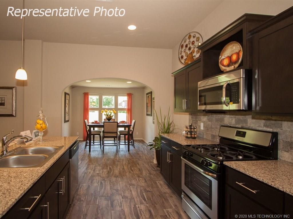 Active | 8708 N 73rd East Place Owasso, OK 74055 13