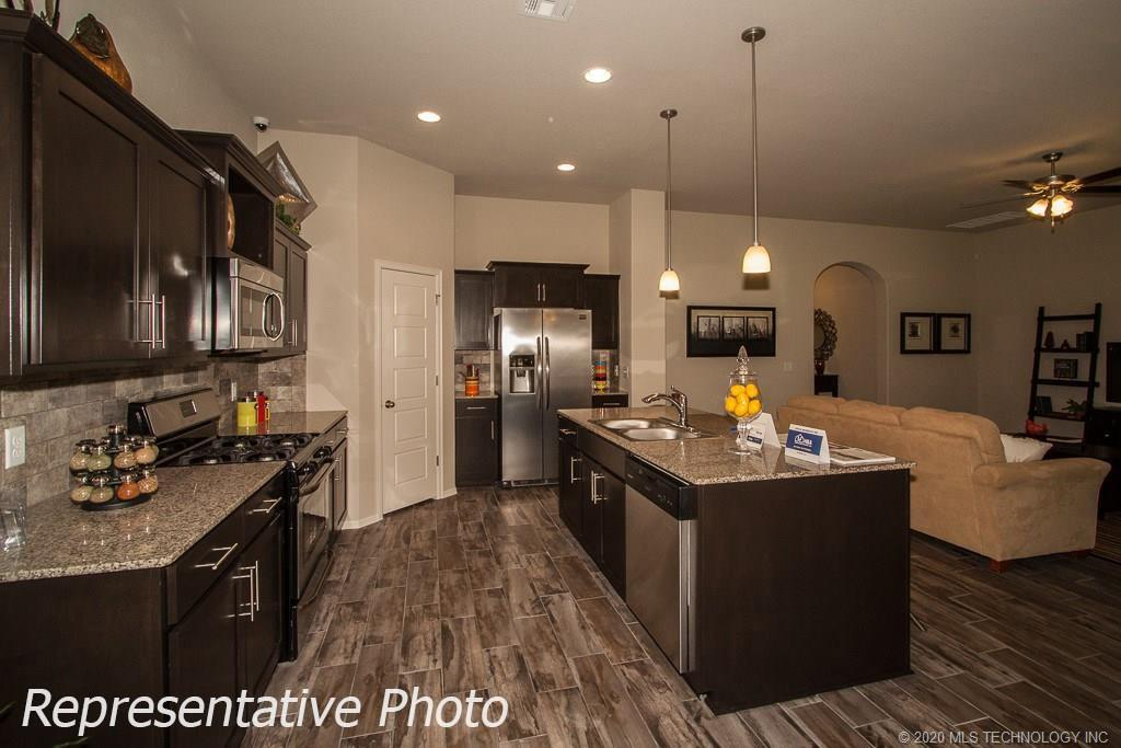 Active | 8708 N 73rd East Place Owasso, OK 74055 15