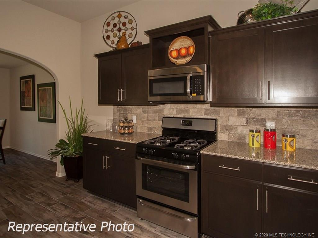 Active | 8708 N 73rd East Place Owasso, OK 74055 6