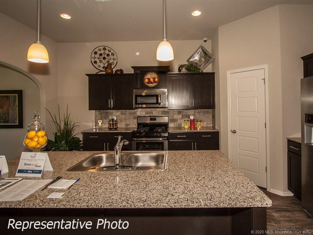 Active | 8708 N 73rd East Place Owasso, OK 74055 7