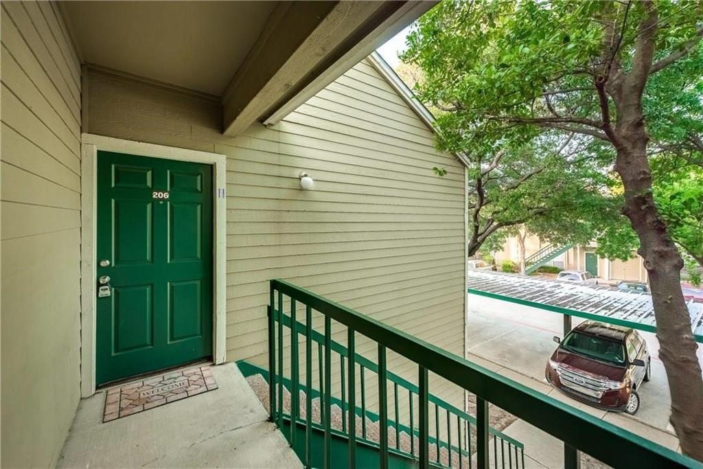Property for Rent | 4103 Esters Road #206 Irving, TX 75038 2