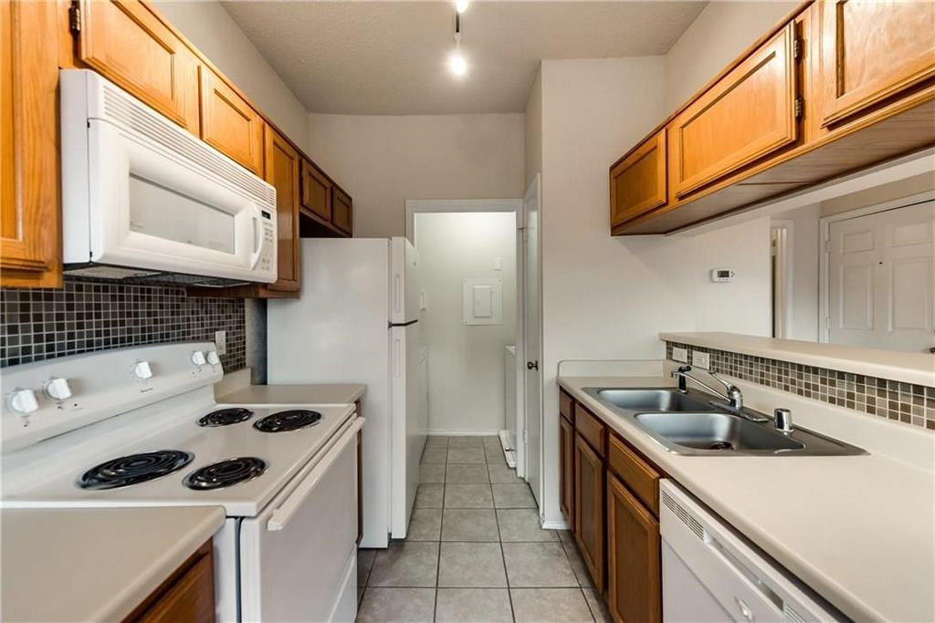 Property for Rent | 4103 Esters Road #206 Irving, TX 75038 5