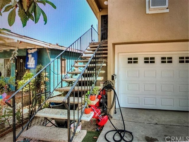 Active | 3446 Hunter  Street #2 Los Angeles, CA 90023 3
